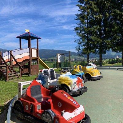 macchine bambini parco giochi w